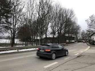 Gefährliche Kurve: Münchener Straße / Köglweg