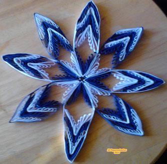 Quilling - blau weiß