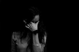 omni Hypnose löst psychosomatische Symptome