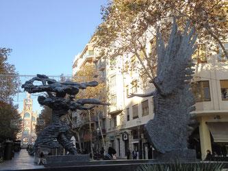 Уличная скульптура Барселоны. Апеллес Феноса