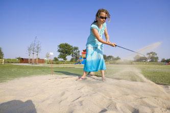 Minigolf im Urlaub auf Fehmarn spielen