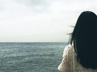 ©Apointy バセドウ病、橋本病・甲状腺機能低下症と脱毛は深い関係があります 写真はイメージ