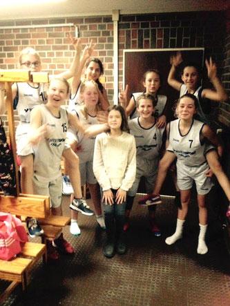 Hatten viel Spaß und erhielten Lob von ihrer Trainerin: Die neu formierte U14-Mädchenmannschaft. (Foto: Nachbar)