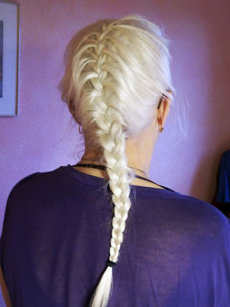 Copyright, AincaArt, Ainca Kira, Foto und Text, Writer, Photographer, Photography, Hairstyle, long white hair