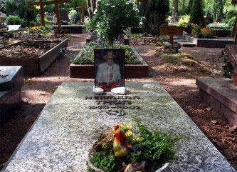Die Grabstelle von Hermann Thun auf dem Lauterer Hauptfriedhof (Foto: FCK-Fanclub Fairplay e.V.)