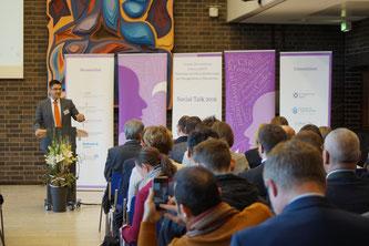 """Die jährliche Fachtagung des IZGS ist der """"Social Talk"""". Foto: Schlitt"""