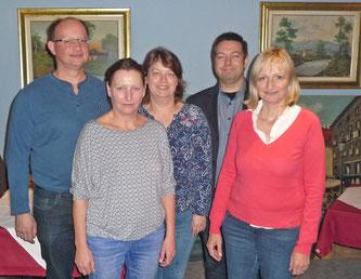 Das Bild zeigt den neuen DJV-Vorstand und die Delegierten (von links): Martin Bernhard, Heike von Brandenstein, Diana Seufert, Sascha Bickel und Sabine Braun.   Bild: DJV
