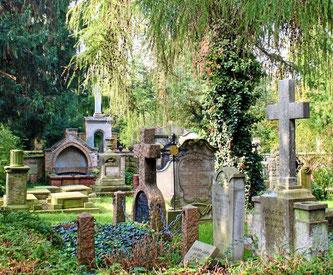 Grabsteine aus vergangenen Jahrhunderten