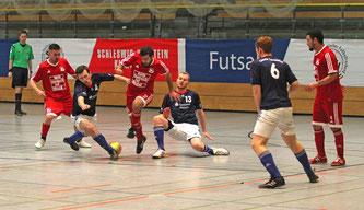 Gaben beim Landesfinale in Lübeck einen starken Einstand: Neuzugänge Adley Kölsch und Wael Muhi Eddin (v.l.). Foto: K. Unger
