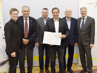 Christoph Knauder bei der Meisterehrung (Foto: LPD Kärnten/fritz-press)