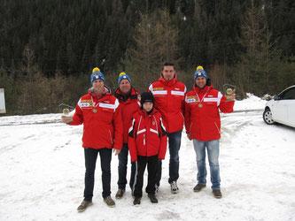 Am Bild die Bronzemedaillengewinner Christoph & Thomas Knauder, Dominik Maier und Martin Mayerhofer mit Sportwart Oskar Knauder (Foto: Privat)
