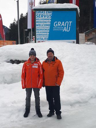 Am Bild Dominik Maier mit RC Mondi Frantschach Obmann Reinhold Pirker beim Junioren-Weltcup-Finale in Umhausen  (Foto: RC Mondi Frantschach)