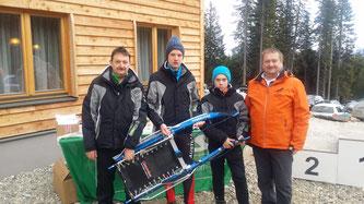 Am Bild die erfolgreichen Sportler mit Ihren Betreuern (Foto: RC Mondi Frantschach)