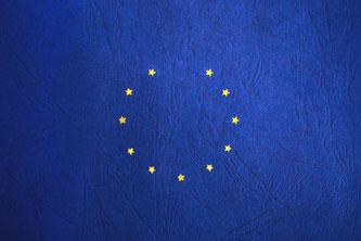 EU-Flagge mit fehlendem Stern