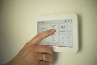 Touchscreen zur Bedienung einer Heizung