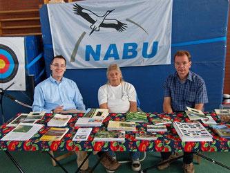 Der NABU ist mit eigenem Stand auf dem Kirschenfest in Todenmann dabei. - Foto: Kathy Büscher
