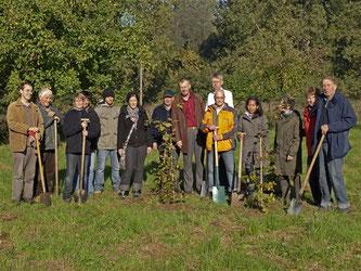 Pflanzaktion mit den Stadtwerken am Heinekamp am 15.10. - Foto: Kathy Büscher