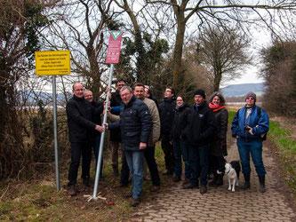 Nun ist das Naturschutzgebiet offiziell eingeweiht und gekennzeichnet. - Foto: Kathy Büscher