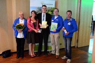 Die Vertreter der NABU-Gruppe Rinteln. - Foto: Bingo-Umweltstiftung
