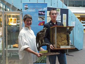 Gundula Piehl und Nick Büscher bei der Eröffnung. - Foto: Kathy Büscher