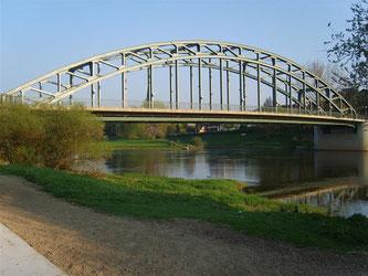 Die Weserbrücke in Rinteln. - Foto: Kathy Büscher