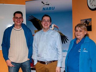 Der anwesende Vorstand (v.l.n.r.): Dennis Dieckmann, Dr. Nick Büscher und Roswitha Möller. - Foto: Kathy Büscher
