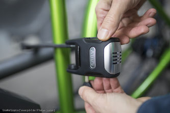 Unbedingt einplanen sollte man allerdings die Kosten für ein angemessenes Fahrradschloss