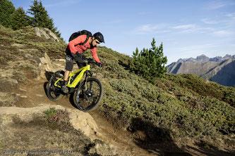 E‐Mountainbiken ist weit mehr als mit einem elektrifizierten Fahrrad den Berg hochzuheizen.