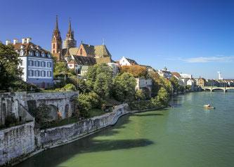 Die Transalp-Tour des Konstanzer Veranstalters Radweg-Reisen führt von Basel über den Vierwaldstättersee bis zum Lago Maggiore. Bildnachweis: Radweg-Reisen