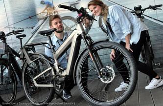 Bereits moderate Bewegung, wie das Fahren mit einem E-Bike, ist gesund.