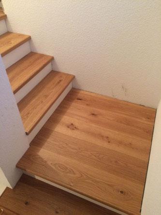 Blick auf die Stufenabschlussleiste