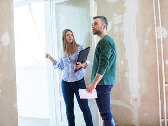 Die Wohnung liegt perfekt, ist gut geschnitten und auch noch bezahlbar - aber wie überzeugt man den Makler oder Vermieter? Auch das Auftreten bei der Besichtigung ist entscheidend. Foto: Christin Klose