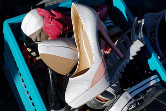 Auch Schuhe können beim Klamottenrausch verkauft werden (Symbolbild; Foto: pixabay.com / webandi)