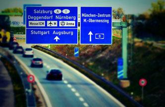 Die Verkehrsprognose für das Wochenende (Symbolbild; Foto: pixabay.com / Alexas_Fotos)