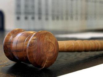 Der Richterspruch fällt trotzdem: Möchte sich der Beklagte zum Sachverhalt nicht äußern, kann das als Zustimmung bewertet werden. Foto: Uli Deck