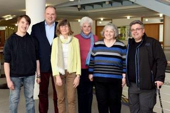 v.l.n.r.: D. Engelhardt, Landrat C. Göbel, R. Zille (1. Vorsitzende des Bayerischen Cochlea-Implantat-Verbands), S. Witz, R. Ring &  A. Dordevic eröffneten die neue Beratungsstelle (Foto: Gertraud Zitzmann, Landratsamt München)