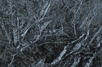 Vorsicht beim Betreten von Eisflächen (Foto: pixabay.com / BeateGuttenberger)