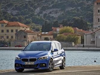 Ein Schönling ist er nicht, dafür überaus praktisch: Die Rede ist vom BMW 2er Gran Tourer. Wer sich davon überzeugen will, der geht im Juni zum Händler. Foto: BMW