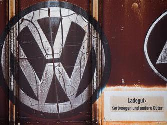 Eine Zulieferer-Gruppe legt sich mit dem Weltkonzern Volkswagen an. Die Gründe für den Streit sind unklar, die Folgen heftig. Foto: Julian Stratenschulte