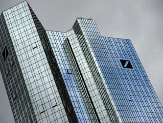 Die Zentrale der Deutschen Bank in Frankfurt am Main. Foto: Arne Dedert