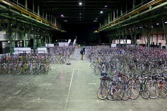 Der Münchner Radlflohmarkt 2016 mit beeindruckender Auswahl an Fahrrädern (Foto: Radlhauptstadt München / Fabian Norden)