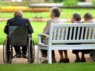 Je früher man sich um seine Rentenlücke kümmert, je entspannter ist die finanzielle Situation im Ruhestand. Foto: Matthias Hiekel