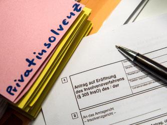 Eine Schuldnerberatungsstelle kann bei einer Privatinsolvenz helfen. Foto: Alexander Heinl
