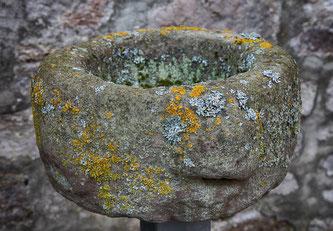 Ein Steintrog aus dem Mittelalter (Symbolbild / Foto: pixabay.com / Momentmal)