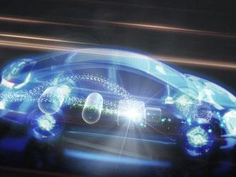 Der alternative Antrieb fordert seinen Tribut: Die Technik benötigt viel Platz, der Wagen wiegt insgesamt 1,9 Tonnen und die Geräuschkulisse ist etwas hörer. Foto: Toyota