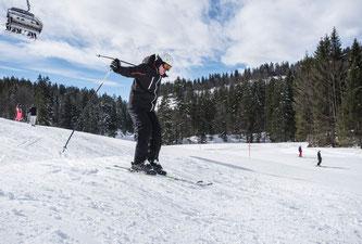 Skifahren macht Spaß, doch ein Unfall ist schnell passiert (Foto: Huk-Coburg)