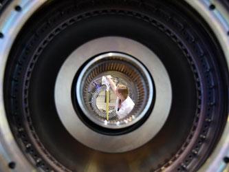 Das Modell einer Turbine des Herstellers MTU. Foto: Ralf Hirschberger/dArchiv
