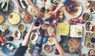 """Werde Klimatarier / Guter Vorsatz für 2017: Klimatarier werden / Aktion zeigt ökologischen Fußabdruck bei Lebensmitteln, Quelle: obs/Margarine und pflanzliche Streichfette"""""""