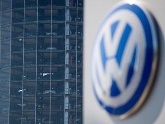 Aufgrund von Materialengpässen durch Zulieferbetriebe des VW-Konzerns kommt es zu einem Produktionsstop des VW-Golfs. Foto: Sebastian Gollnow