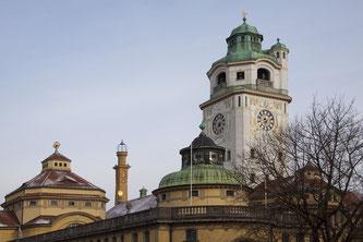 """Der wunderschöne, neubarocke Jugendstilbau """"Müllersches Volksbad"""" in München """"(Symbolbild; pixabay.com / stux)"""